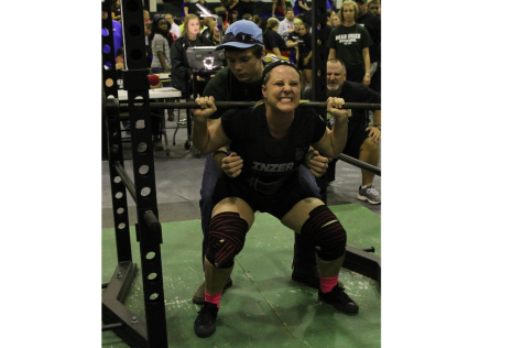 Female Powerlifters Proceed To State Meet
